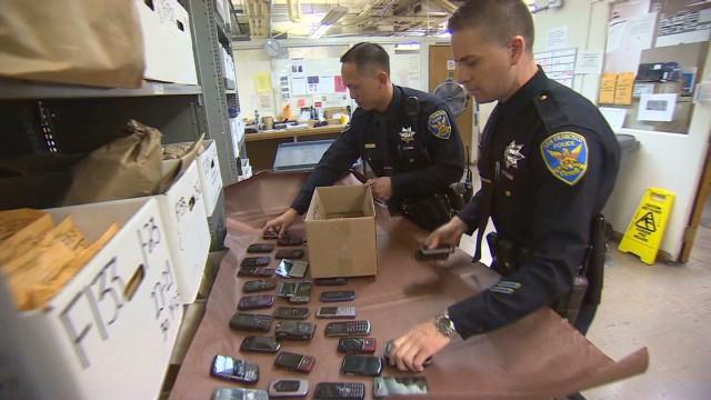 pkg burke smartphones theft_00012410.jpg