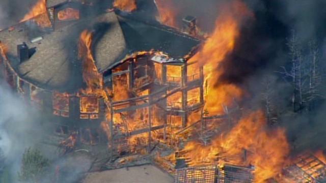 Wildfires scorch Colorado
