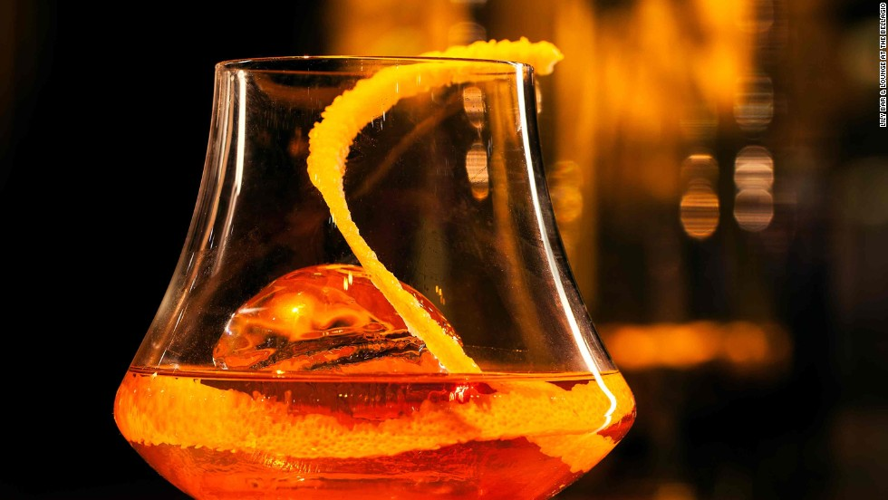 At The Lily Bar & Lounge at The Bellagio in Las Vegas, an ultra-rare vintage of Johnnie Walker whiskey accounts for the above-average price. No extra charge for that twist.