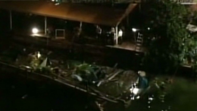 Chaotic search for deck collapse victims