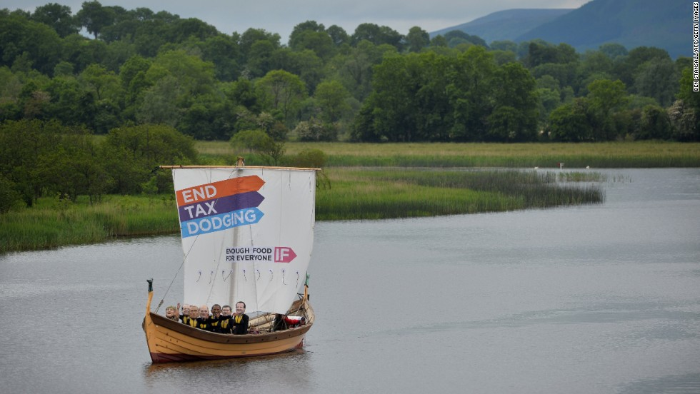 Demonstrators from the IF campaign sail around Enniskillen on June 17.