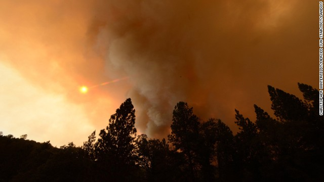 Yosemite threatened by wildfire