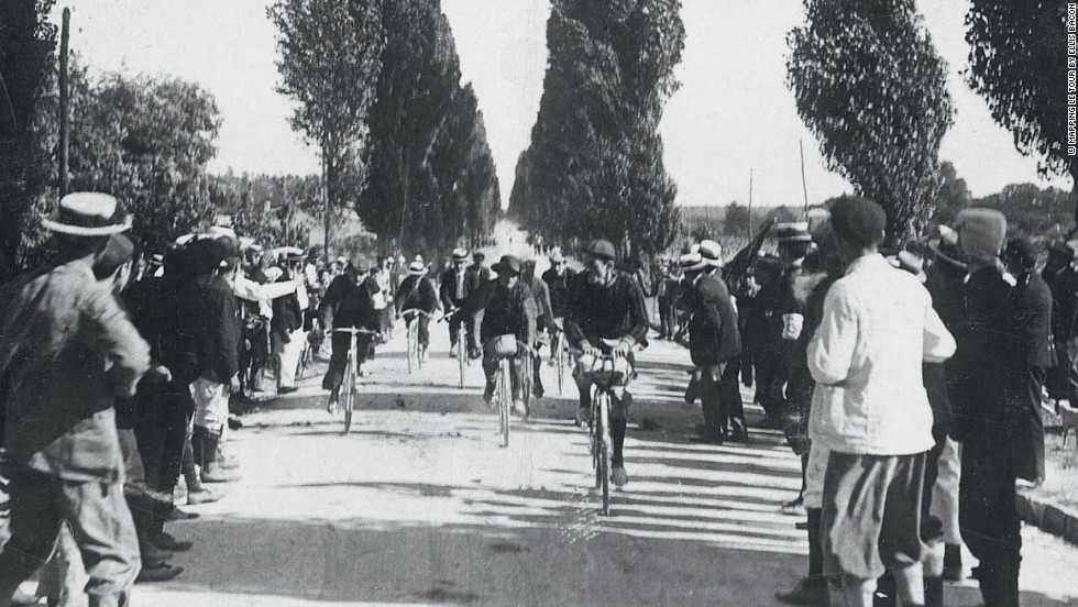 Riders tackle the stage from Toulouse to Bordeaux in the first ever edition of the Tour de France in 1903.