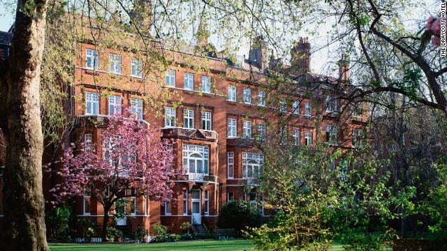 The Draycott Hotel is offering a Royal Babymoon package, complete with a prenatal massage.