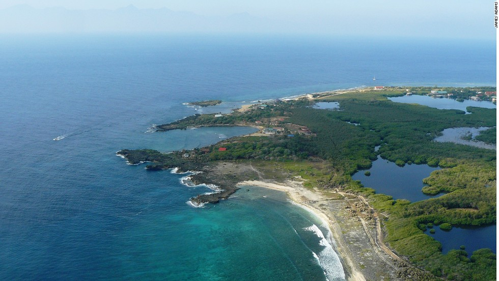 Utila is only 11 kilometers long, but it has 60 dive sites, 18-meter whale sharks and some of the cheapest scuba prices in the Caribbean.