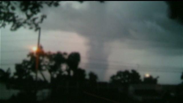 dnt fl waterspout tornado_00000406.jpg