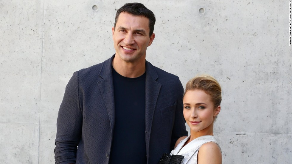 Hayden Panettiere and beau Wladimir Klitschko arrive at the June 25 Armani fashion show during Milan Menswear Fashion Week.