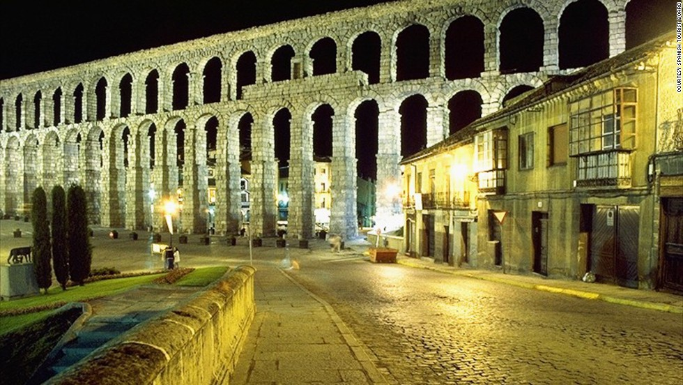 The Aqueduct, one of the Iberian Peninsula's best preserved ancient monuments, features 44 double arches (or 88 when counted individually) and 79 single arches -- a total of 167. <br />It was built during the reign of Roman Emperor Trajan and is still in use today, carrying water from the Frío river to the town of Segovia. The bridge, which consists of 24,000 granite blocks, was constructed without the use of mortar and each of its 167 arches is more than nine meters high. <strong>Completion date: </strong>AD 50.<br />