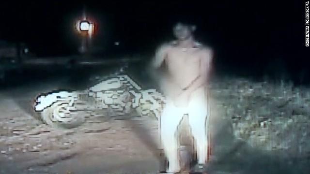 dnt naked man on motorcycle arrest_00003418.jpg