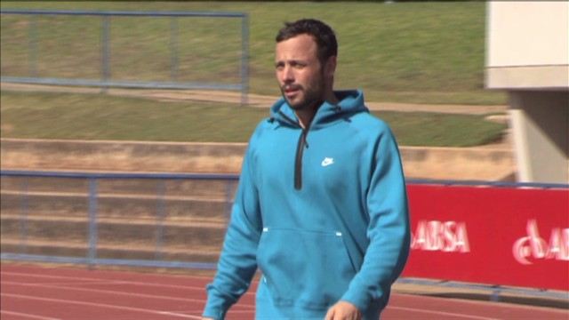 Pistorius resumes 'low-key' training