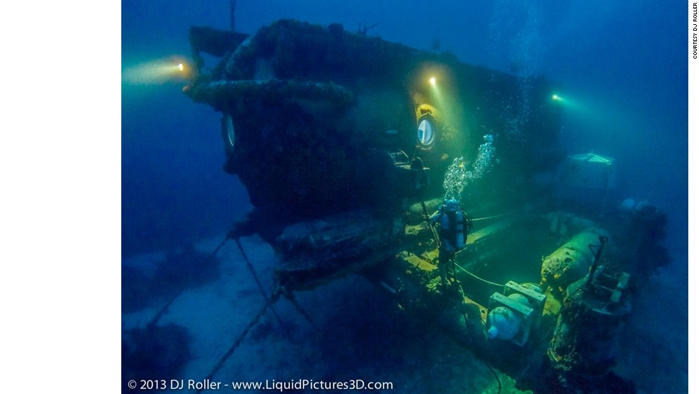 "The team will live in this laboratory -- called ""Aquarius"" -- situated 20 meters below the water, off the coast of Florida Keys. They'll be researching the physical and psychological effects of underwater living, searching for new species of animals, and examining the impact of climate change."