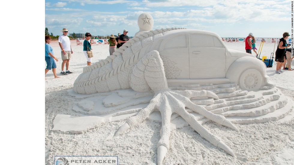 Events at Siesta Key Beach include amateur competitions for kids and parents as well as head-to-head speed-carving events.
