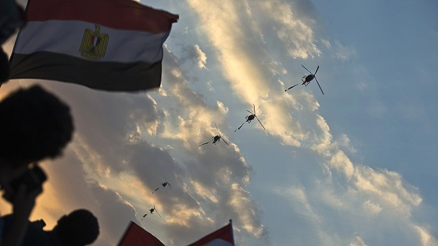 Military stance pleases anti-Morsy camp