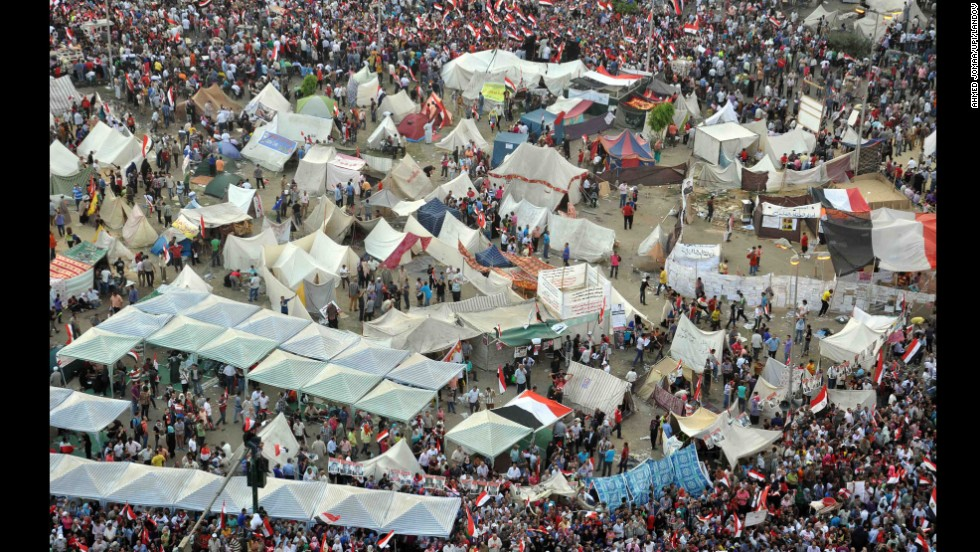 Morsy opponents protest outside the presidential palace in Cairo on July 1.