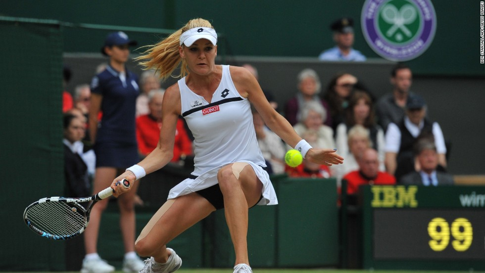 Poland's Agnieszka Radwanska needed eight match points to see off China's Li Na 7-6 4-6 6-2 in an epic contest which lasted two hours and 4 minutes. Radwanska, who finished runner-up last year, appeared to struggle with a thigh problem during the match.