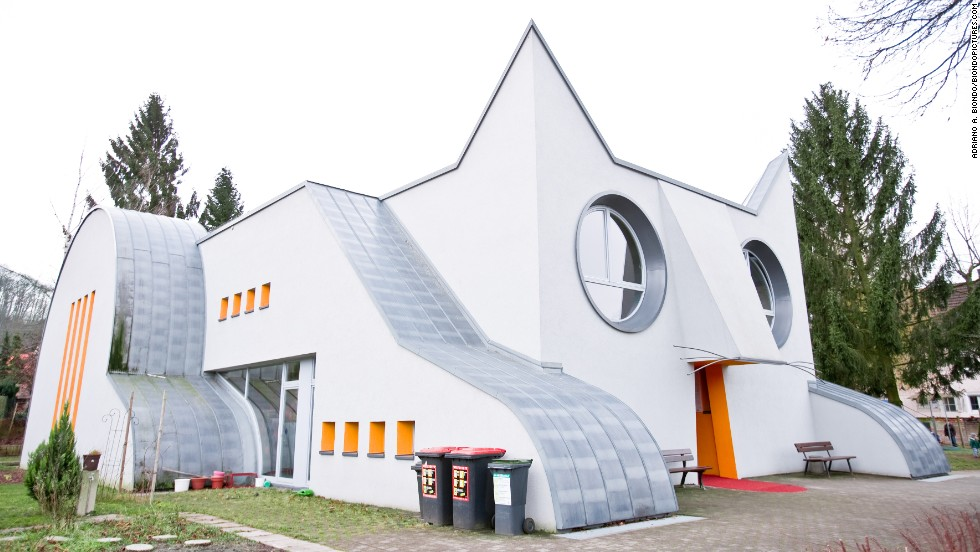 Kids enter through the kitty's mouth at this kindergarten building in Germany.
