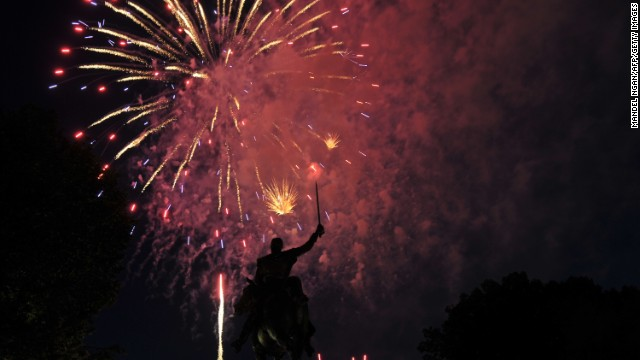 Festive fireworks light the night in U.S.