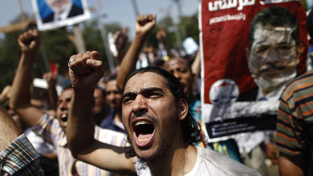 Clashes in Egypt turn deadly