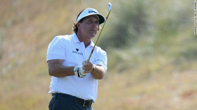 Phil Mickelson, the highest-ranked golfer at the Scottish Open, finished two shots behind leader John Parry in the first round.