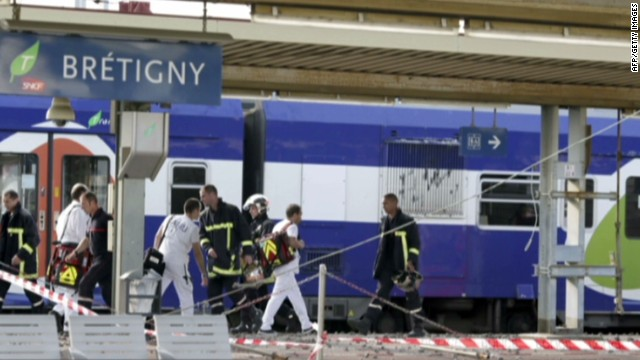 First images of France train derailment