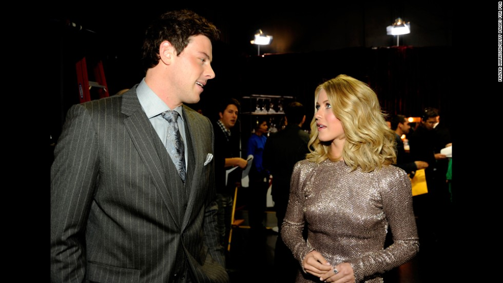 Monteith and Julianne Hough chat at the 2012 People's Choice Awards.