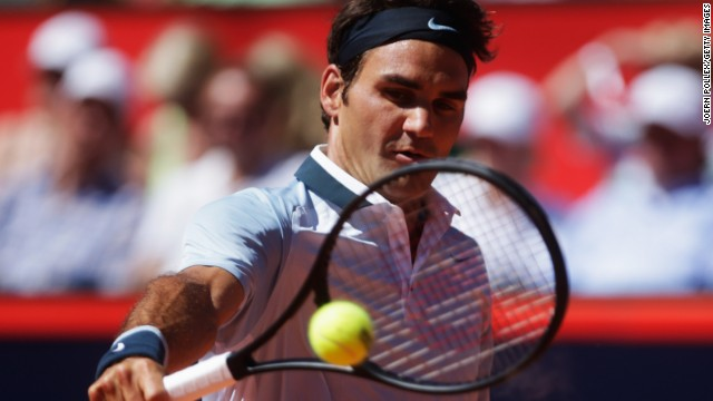 Roger Federer debuted his new racquet in Hamburg but lost in the semi-finals