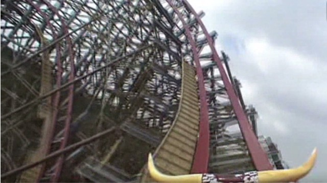 Safety concerns after Six Flags death