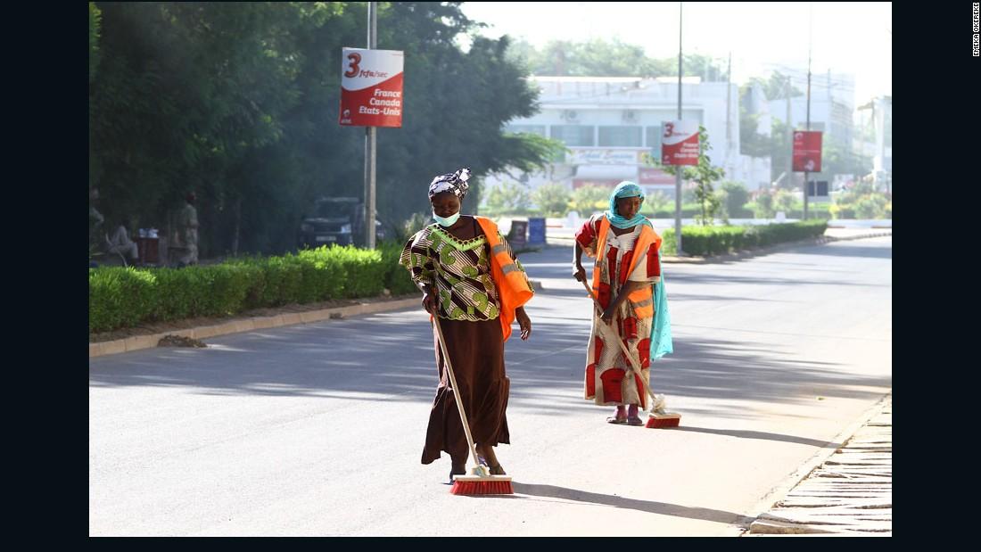 """""""Street Cleaners"""" - N'Djamena, Chad, 2011."""