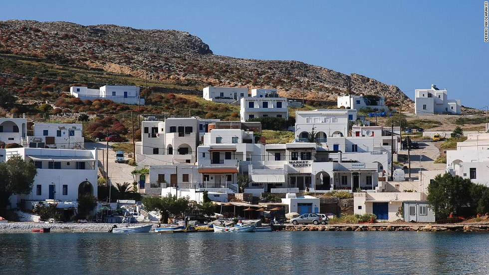 Folegandros, where houses perch on clifftops above bays with crystal clear water, is the perfect escape for lovebirds.
