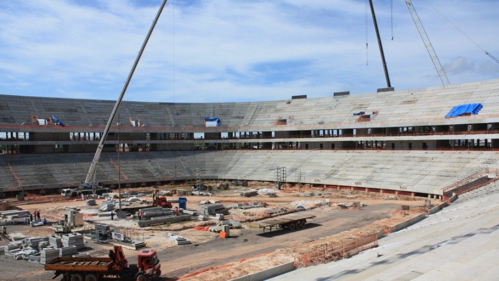 Construction continues at the Arena da Amazonia in June 2013.