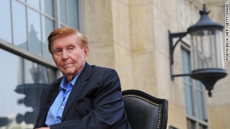 Media magnate Sumner Redstone, executive chairman of CBS Corp. and Viacom, is honored with the 2,467th star on the Hollywood Walk of Fame, in Hollywood, California on March 30, 2012. R edstone's honor coincides with the year-long celebration of the 100th anniversary of the founding of Viacom-owned Paramount Pictures.      AFP PHOTO / ROBYN BECK (Photo credit should read ROBYN BECK/AFP/Getty Images)