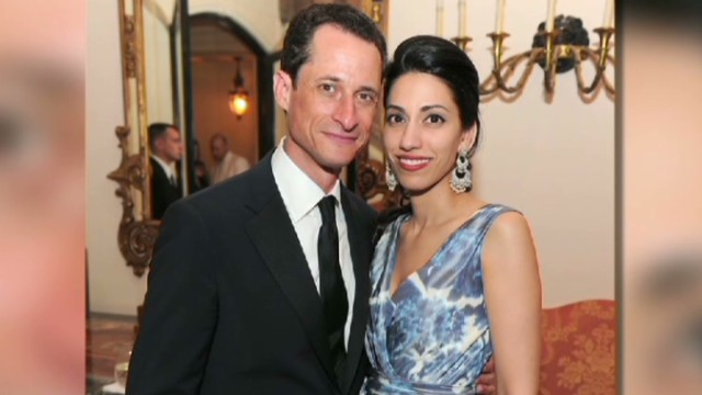 Weiner admits to more lewd chats, photos