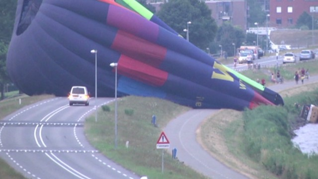 nr vo netherlands balloon crash_00002705.jpg