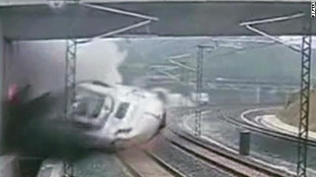 mxp spain train moment of impact_00002214.jpg
