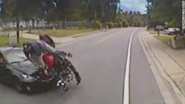 newday vo motorcyclist crash_00003828.jpg