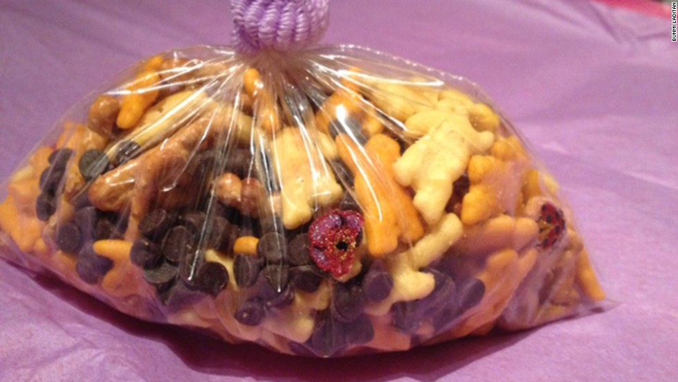She settled on custom-made snack mix and fairy dust. Notice the hair ties closing the bags -- a homemade touch you likely won't seen on your favorite Pinterest board.