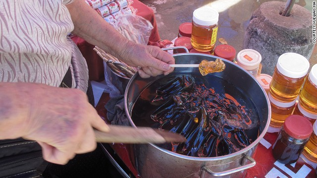Grass jelly: one of Kaiping's most popular summer snacks.
