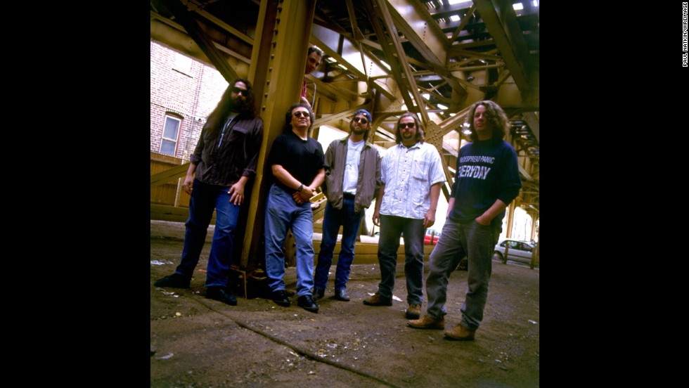 "Jam band Widespread Panic has performed Cale's ""Travelin' Light"" at multiple recorded live shows throughout their career which reaches back to the 1980s."
