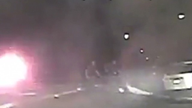 newday vo police pull man from burning car_00001516.jpg