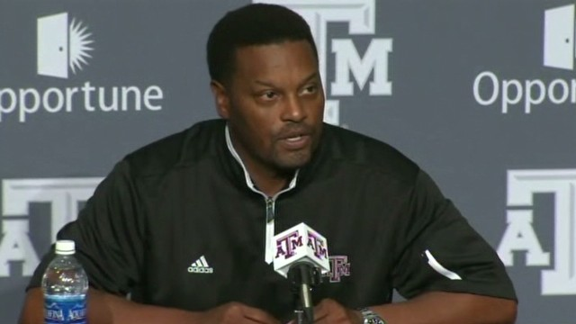 bts manziel coach sumlin media day_00000811.jpg