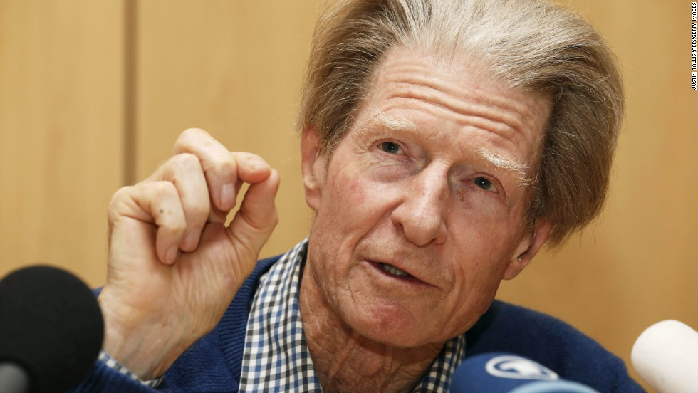 In October 2012, Sir John Gurdon and Shinya Yamanaka were awarded the Nobel Prize for Physiology or Medicine for discovering how to make pluripotent stem cells. They both showed that cells could be reprogrammed after they had specialized. This changed scientists' understanding of how cells and organisms develop.