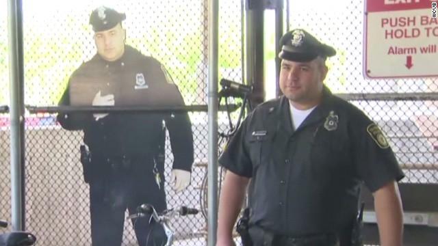 pkg cardboard cop deters crime_00005812.jpg