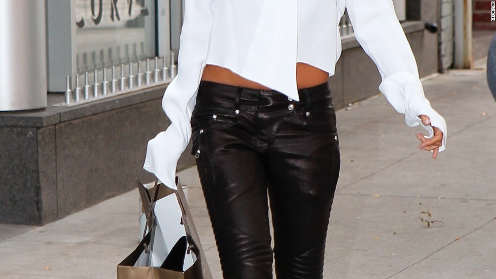 Nicole Richie does some shopping in New York City on August 6.