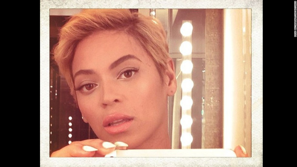 We're used to seeing Beyoncé with long hair, so when the singer debuted a super-short pixie cut in August, the world paused to take notice.