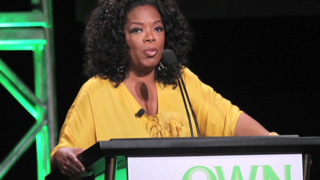 Clerk tells Winfrey bag is too expensive