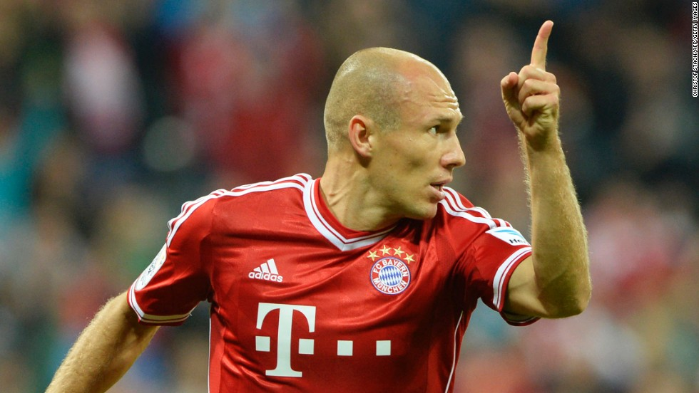 Argen Robben signals the opening goal of the 2013-14 Bundesliga season as Bayern Munich eased to a first day win.