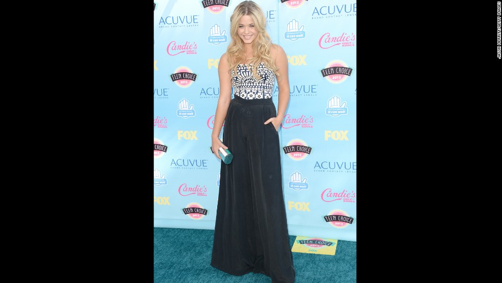 "Sasha Pieterse of ""Pretty LIttle Liars"" fame arrives at the awards show."