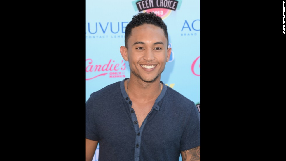 Actor (and brother of Tia and Tamera)Tahj Mowry arrives for the event.