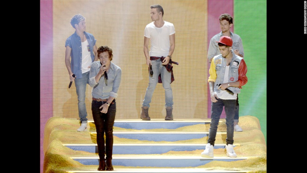 One Direction takes the stage during the Teen Choice Awards show.