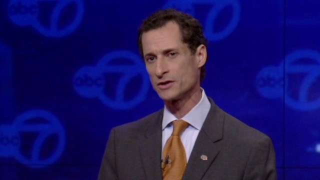 Anthony Weiner on defensive in debate